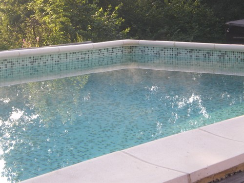 La piscine de bubu nouvelles for Baise dans la piscine