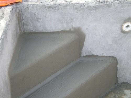 La piscine de bubu cimentage for Temps de sechage chape liquide ciment