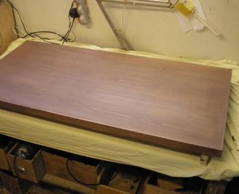 L 39 atelier bois generic 5 teinture vernis for Teindre un meuble deja teint