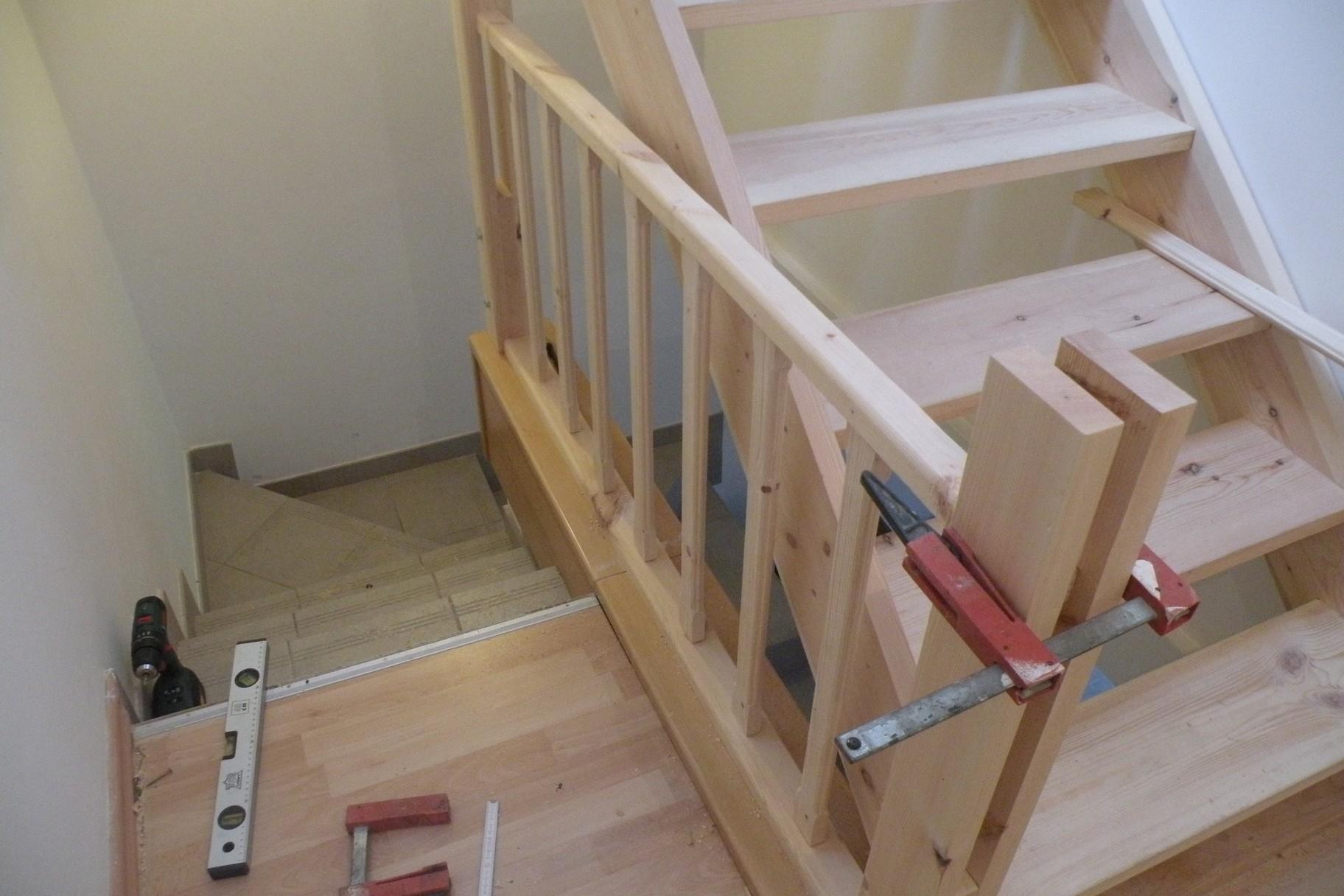 l 39 atelier bois generic escalier grenier part3. Black Bedroom Furniture Sets. Home Design Ideas