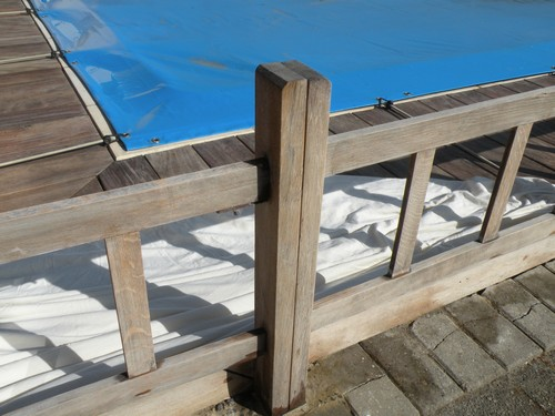 saturé dhuile comme je lai fait pour la terrasse en bois exotique